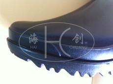 Защитные резиновые сапоги