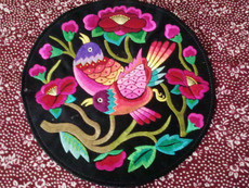 Skillfully embroidered 002