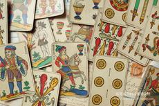 Коллекционные шахматы, Покер