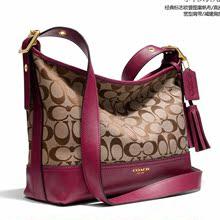 コーチ香港購入ファッションカジュアルタッセルソフトバッグ