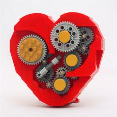 Лего, Кубики LEGO Clockwork Heart MOC
