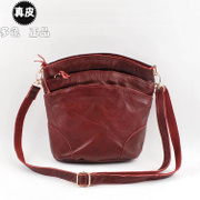 The ASCII 004 Mo 2013 new leather leather multi-Korean ladies retro fashion women Messenger Bag