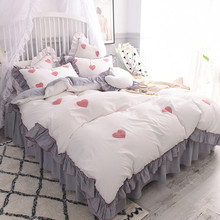 Ins washes cotton bedding, cotton four piece net net, red cotton girl bed skirt quilt, Princess wind and leaf edge.