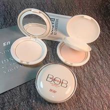 BOB light sensitive and constant powder cake, oil control, makeup, durable concealer, moisturizing powder, powder, honey powder, cheap Chinese goods.